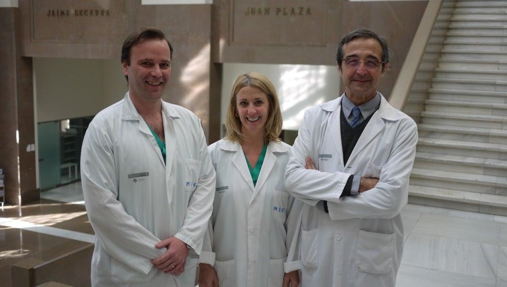 Los investigadores Carlos Ferrando, Mari