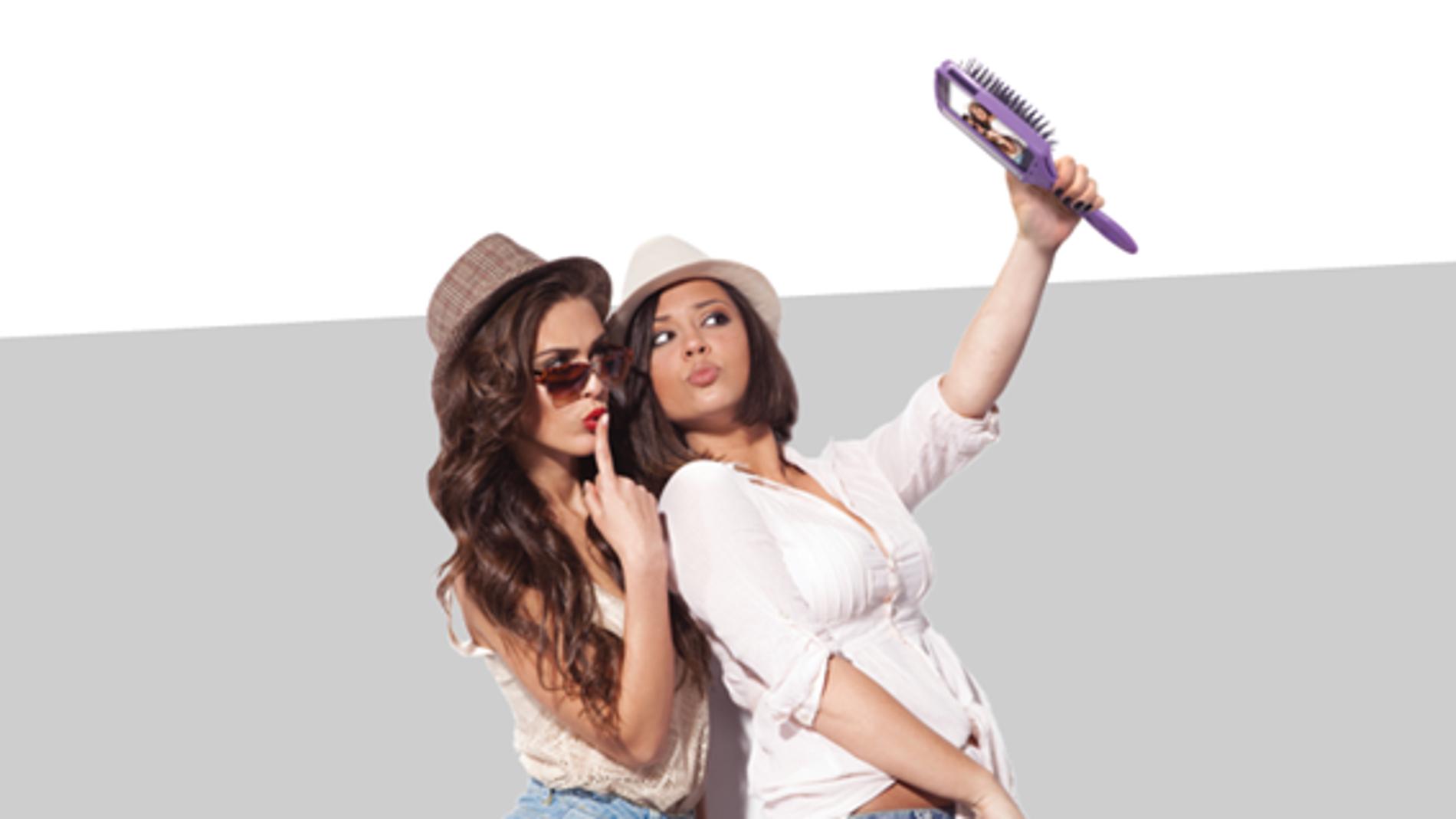 Un cepillo de pelo para selfies