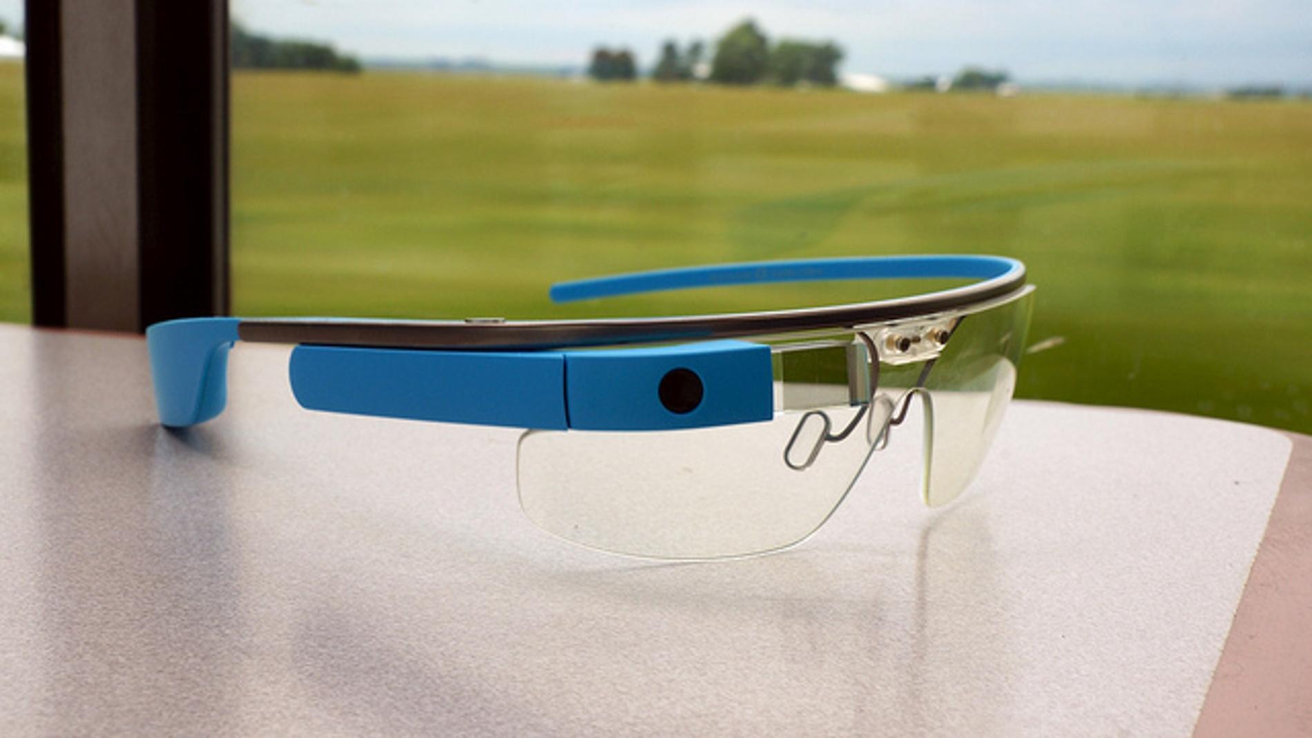 Las Google Glass miran al infinito pensando en su futuro