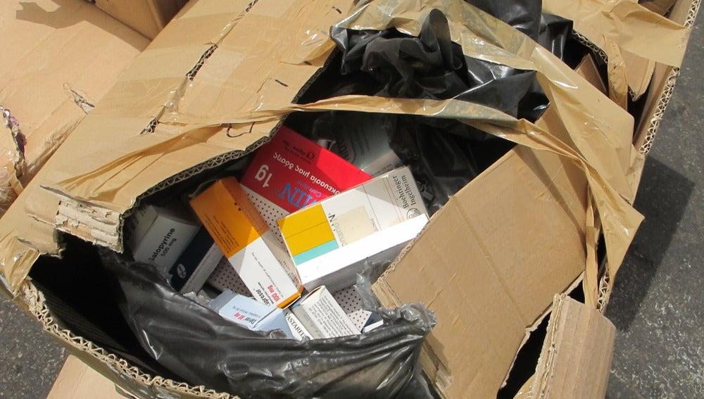 Conjunto de medicamentos caducados