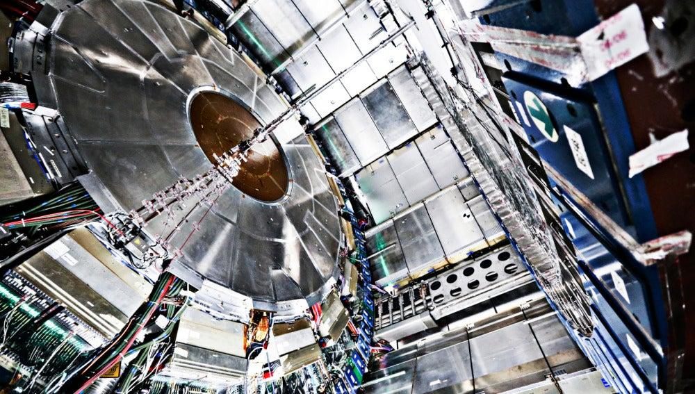 Resultado de imagen de Los del LHC buscan el fotón oscuro