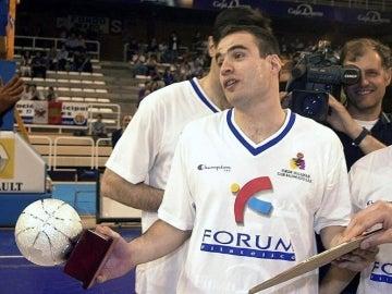 Lalo García en su época de jugador en 2001