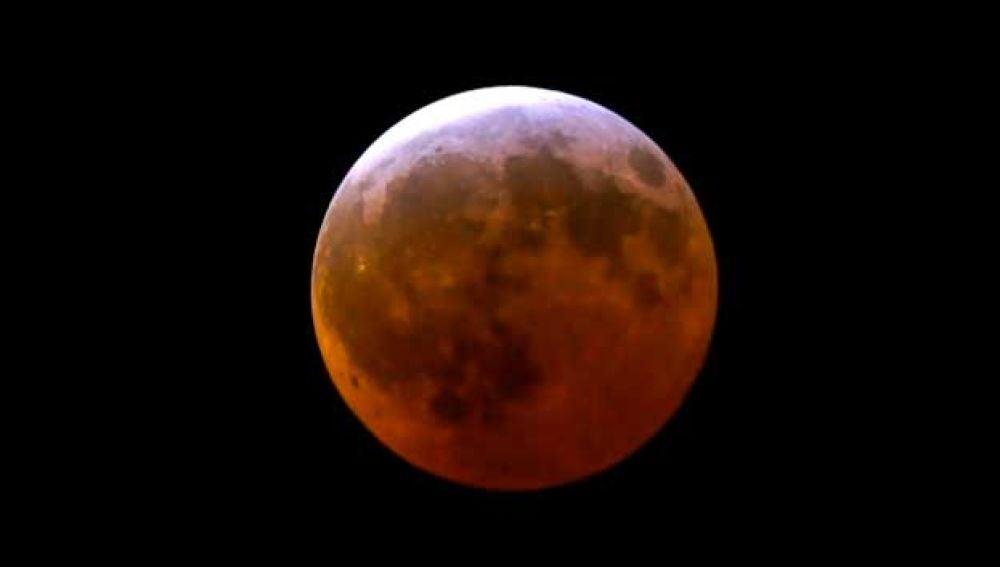 Pronto, el eclipse lunar más largo del siglo