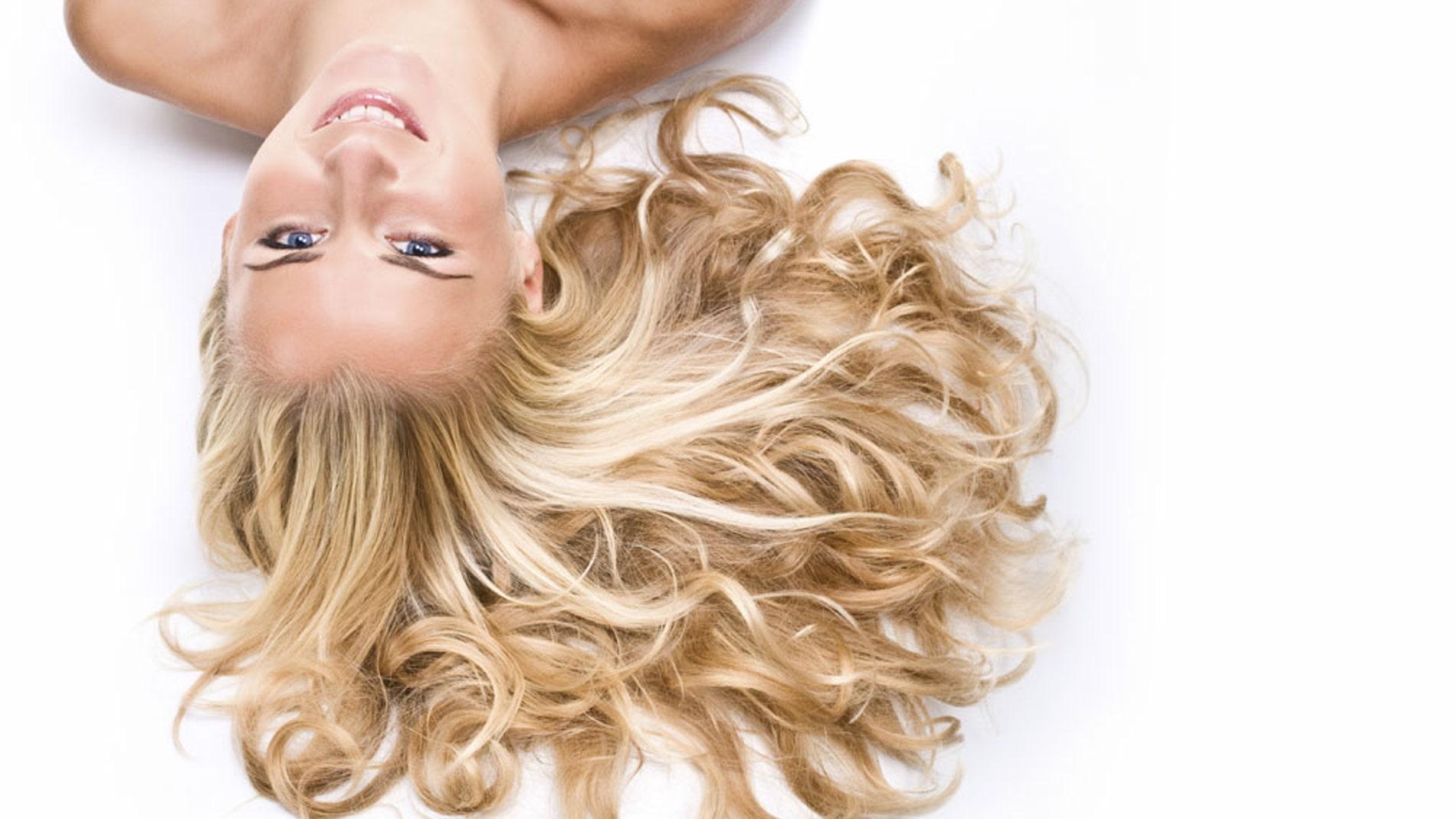 Los rubios se extinguirán y otras 9 curiosidades del cabello