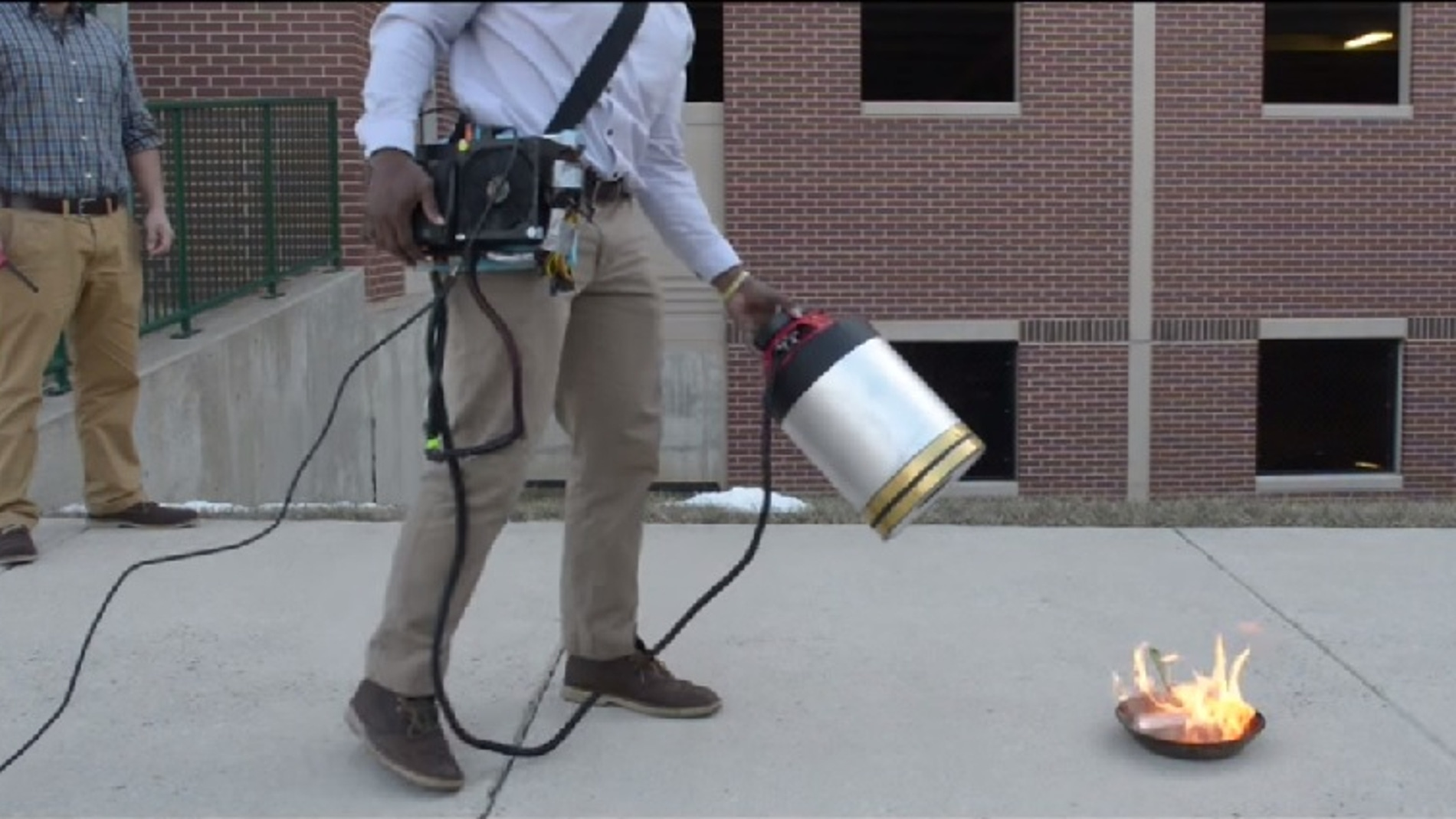 Invento creado para apagar fuegos