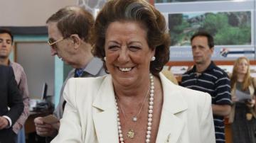 Rita Barberá,votando en su colegio electoral