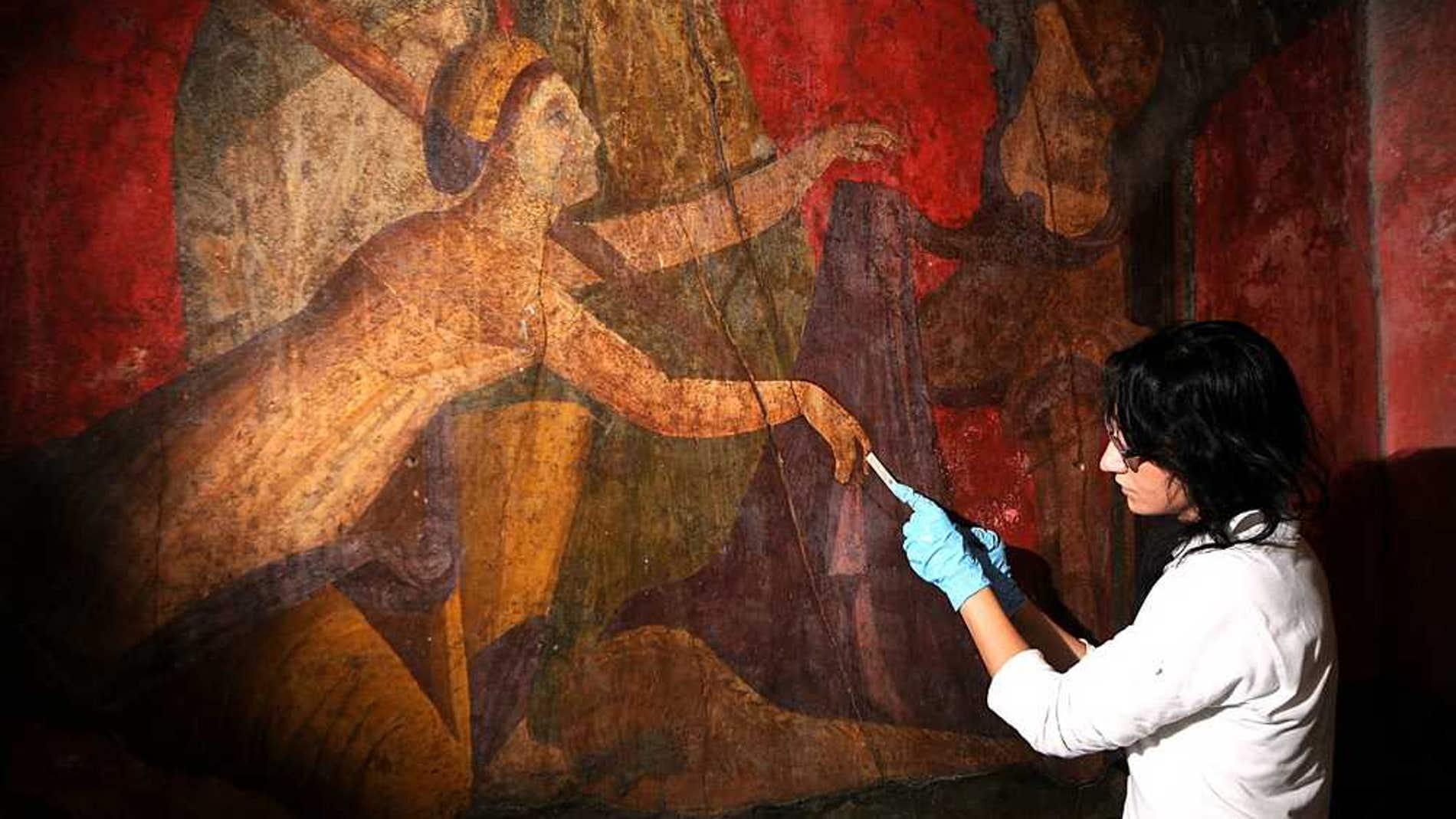Algunas bacterias crecen en las pinturas, destruyendo los frescos. Fuente: Cortesía del Ministerio de Cultura y Turismo de Italia