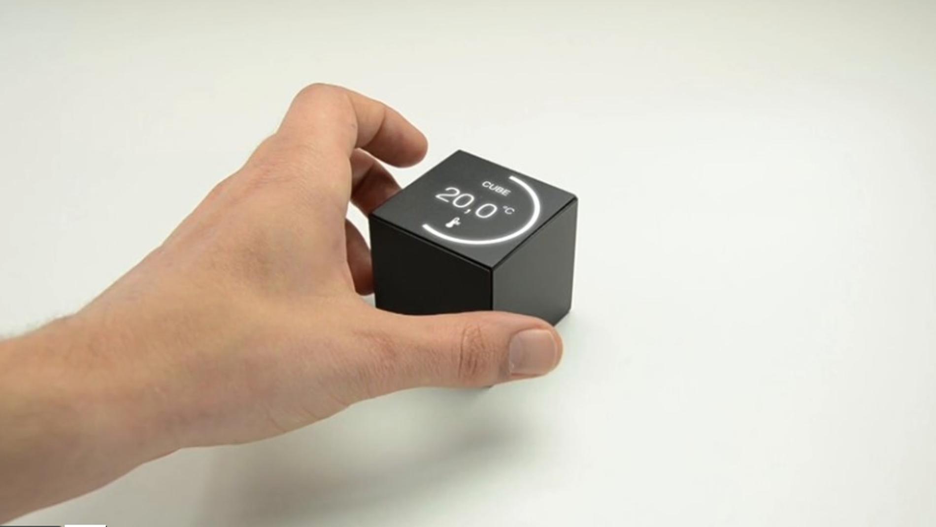 Cube, un mando de televisión