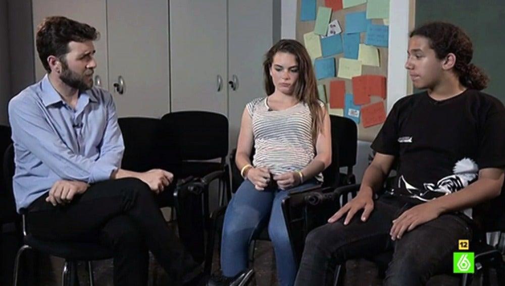 Gonzo entrevista a dos víctimas de acoso escolar