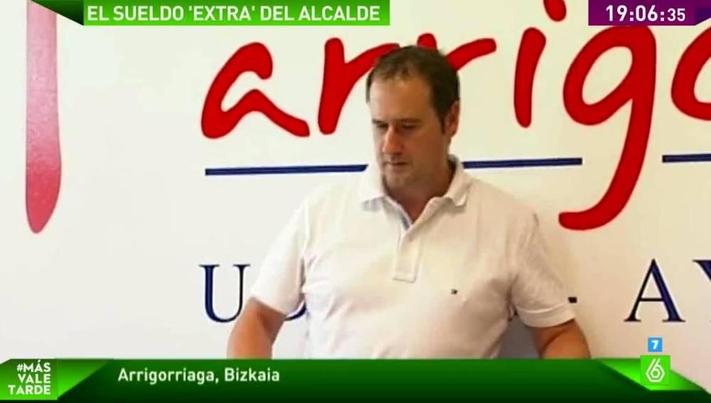 El alcalde de Arrigorriaga aprueba subirse el sueldo un 44% en su primer pleno