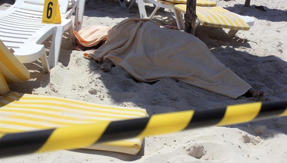 28muertos en un atentado en Túnez