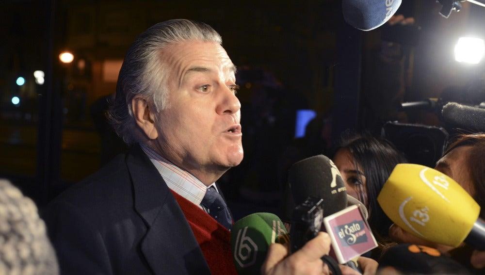 Luis Bárcenas comparece ante los medios