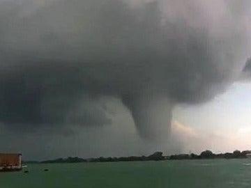 Sorprendente tornado en Venecia