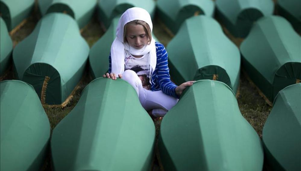Bosnia conmemora el vigésimo aniversario de la tragedia de Srebrenica