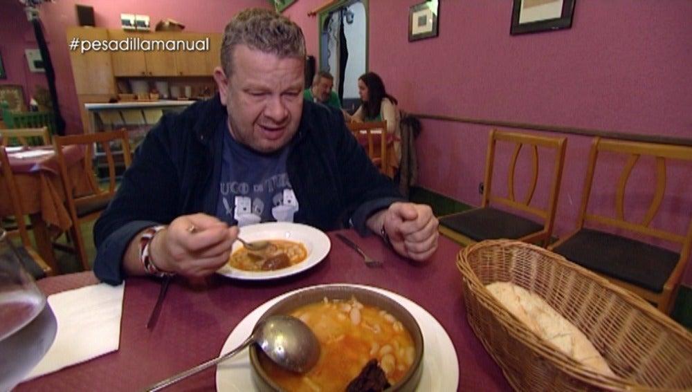 El estómago de Alberto Chicote, a prueba de balas