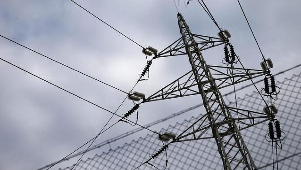 Imagen de un tendido eléctrico