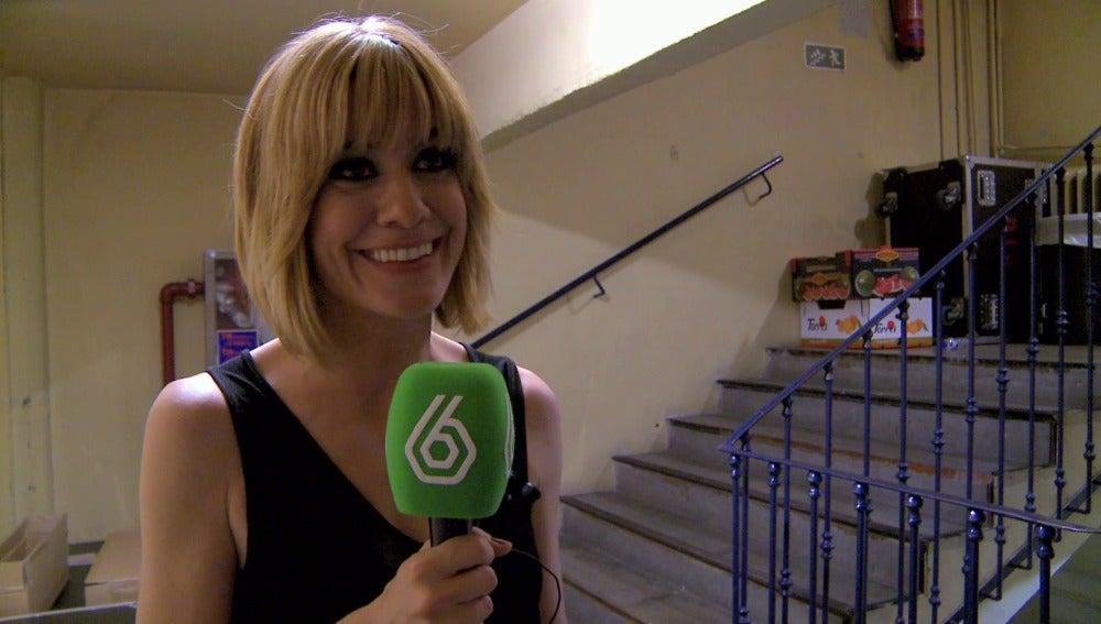 Alexnadra Jiménez, presentadora de El Club de la Comedia