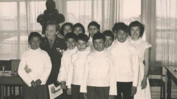 Algunos de los niños esquimales participantes del experimento
