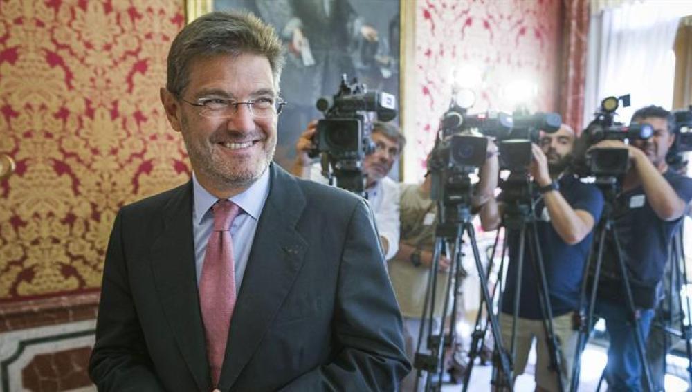 El ministro de Justicia Rafael Catalá ante los medios