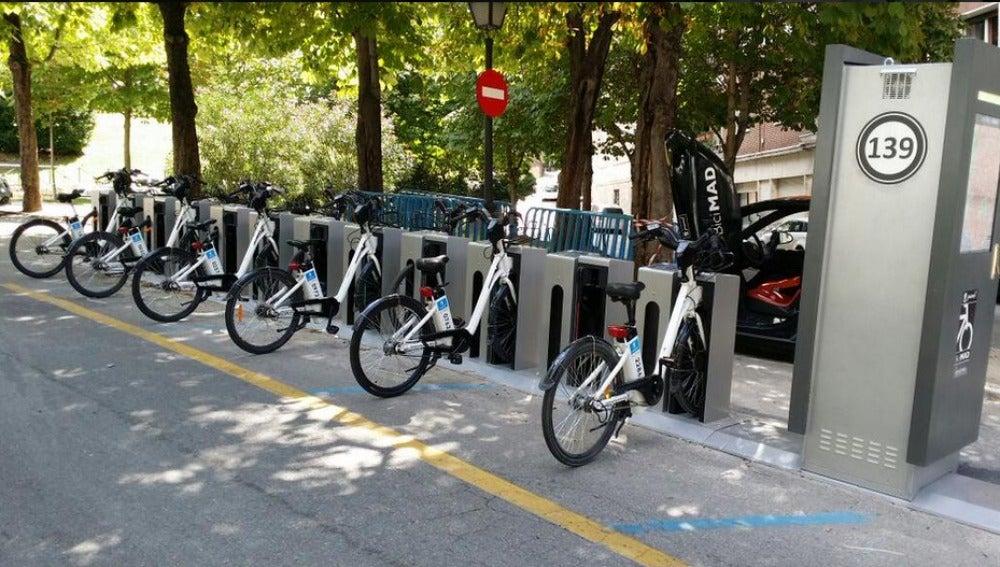 Una estación de bicicletas en Madrid