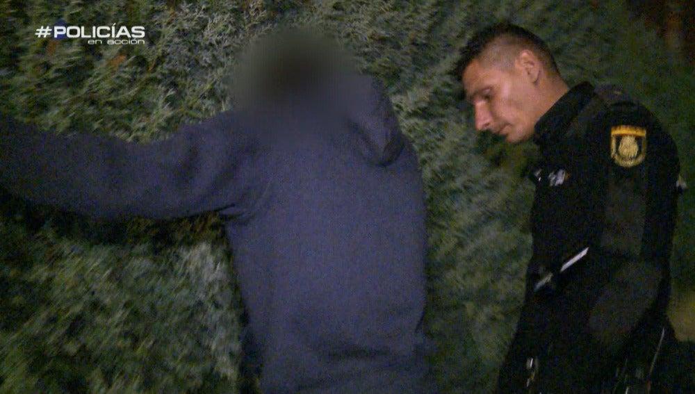 """Los agentes ven un robo 'in fraganti': """"No es mi amigo de toda la vida, yo le conozco del barrio"""""""