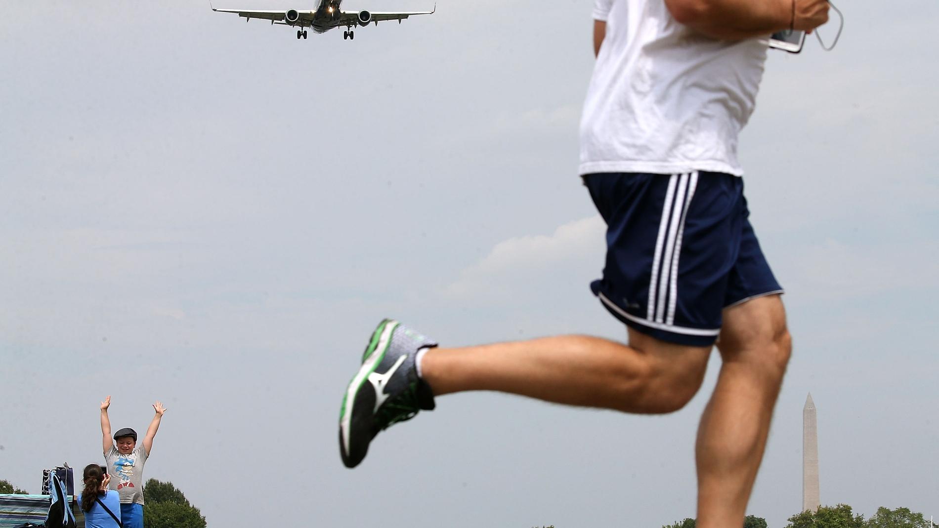 Runner en el aeropuerto