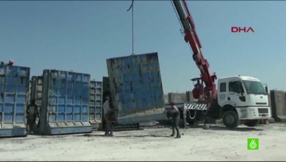 El gobierno turco empieza a levantar el nuevo muro