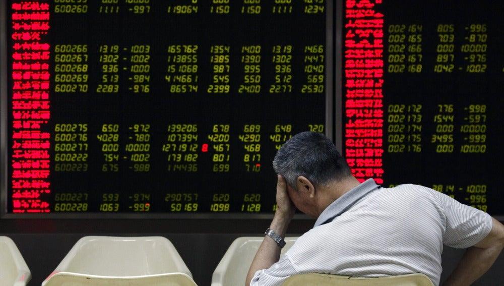 La Bolsa de Shangai desata el pánico en los mercados