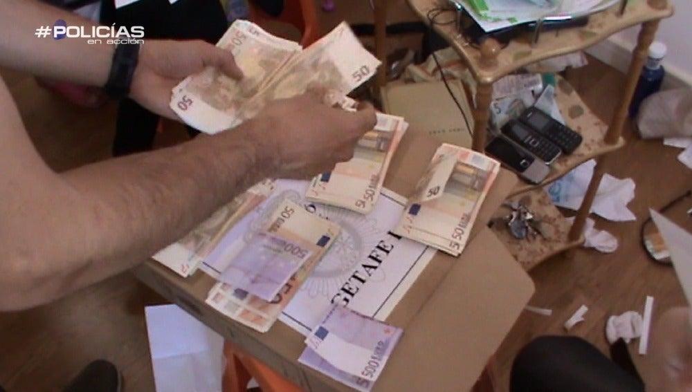La Policía detiene a los integrantes de una red de personas chinas que prestaban grandes cantidades de dinero en casinos