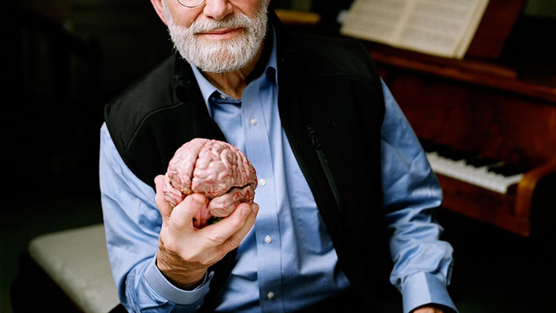 El neurólogo Oliver Sacks