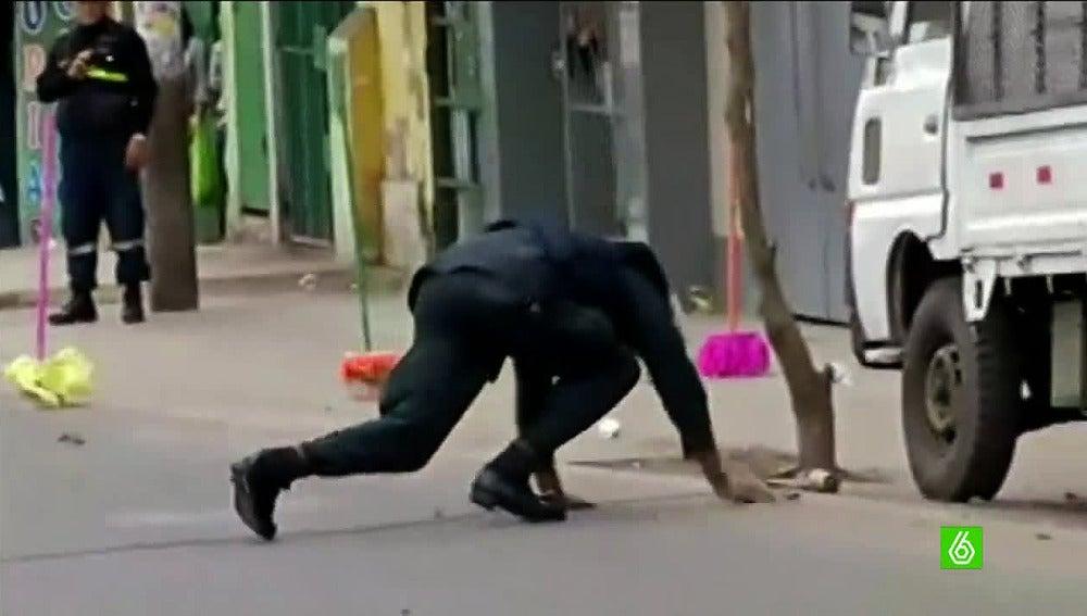 Policía peruano