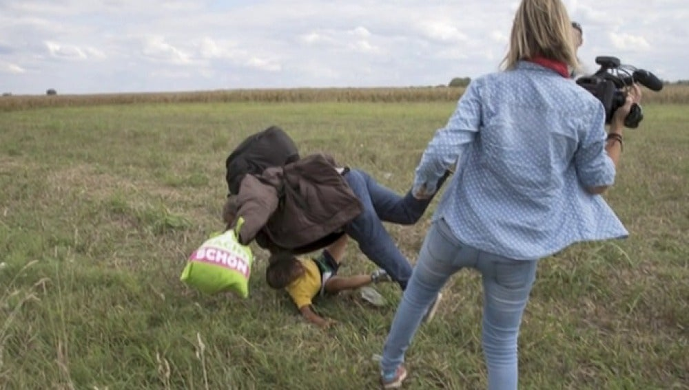 La oposición húngara denunciará a la reportera Petra Laszlo y podría ir a prisión