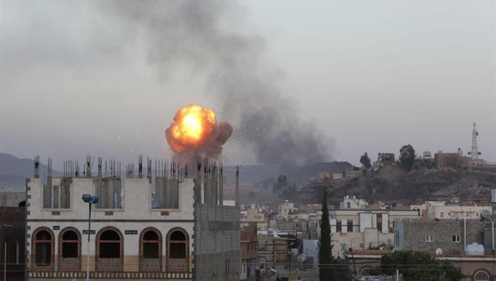 Bombardeo Yemen