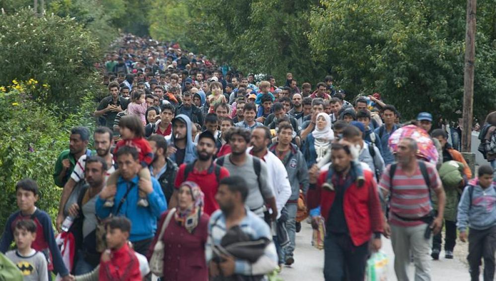 Refugiados Sirios entrando en Hungría