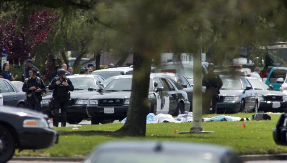Muere un profesor por un tiroteo en una universidad de Misisipi