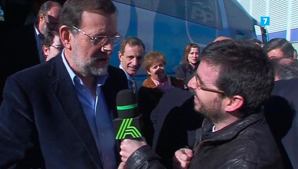 Mariano Rajoy conversa con Jordi Évole
