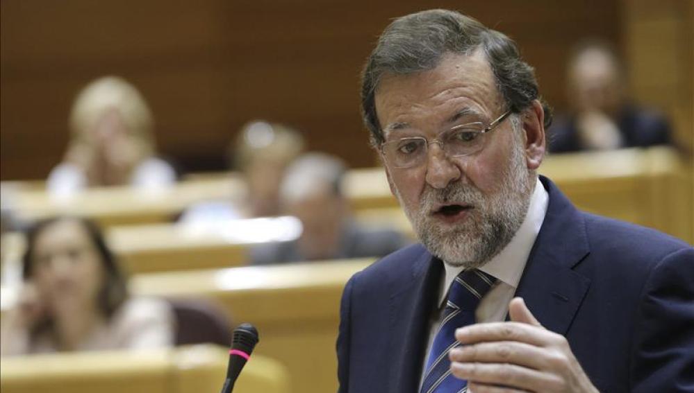 Los pasaportes, la política en las escuelas o los bailes de Iceta son las consecuencias de las elecciones catalanas