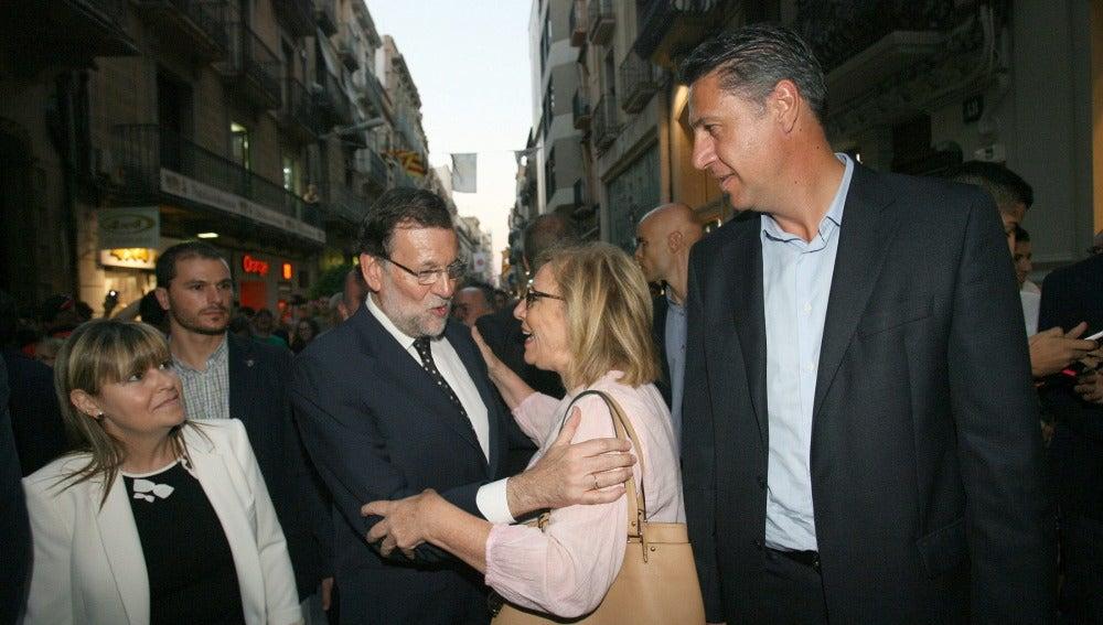 Mariano Rajoy, junto al candidato del PPC a la presidencia de la Generalitat, Xavier Garcia Albiol