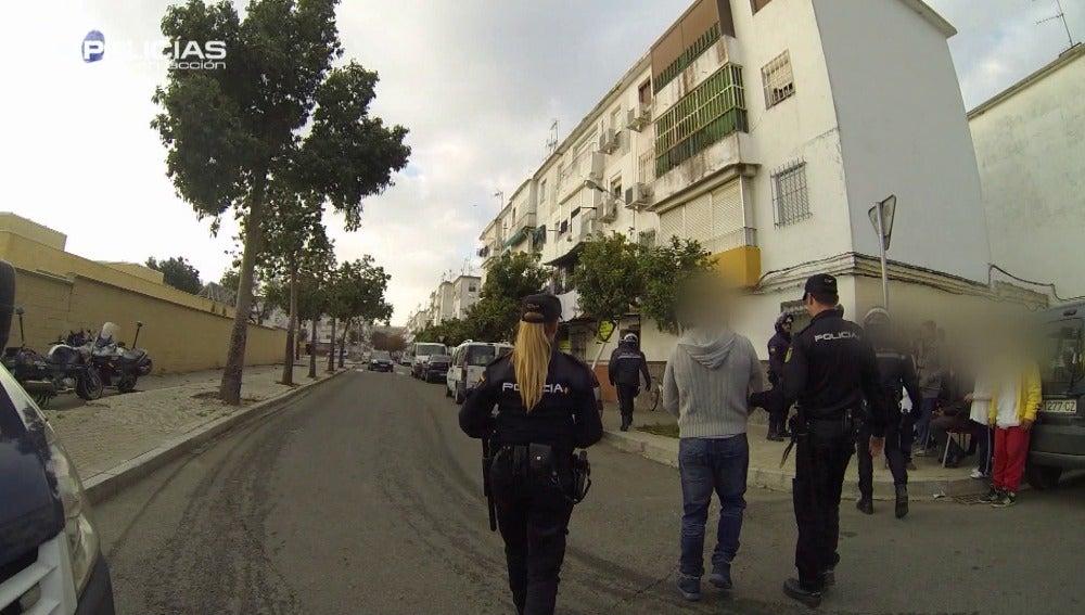 'Policías en acción' vive un traslado de un preso a su casa