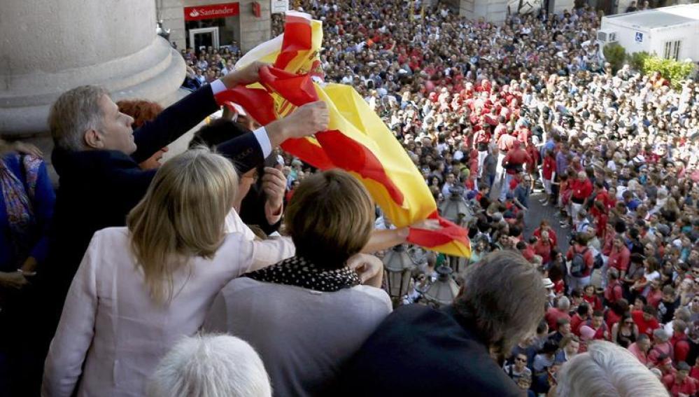 """ERC justifica la 'estelada' en el balcón municipal como """"gesto de libertad"""""""