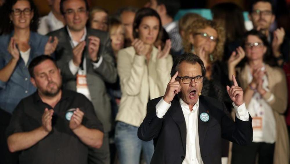 Artur Mas durante su intervención en el mitin de final de campaña para las elecciones catalanas