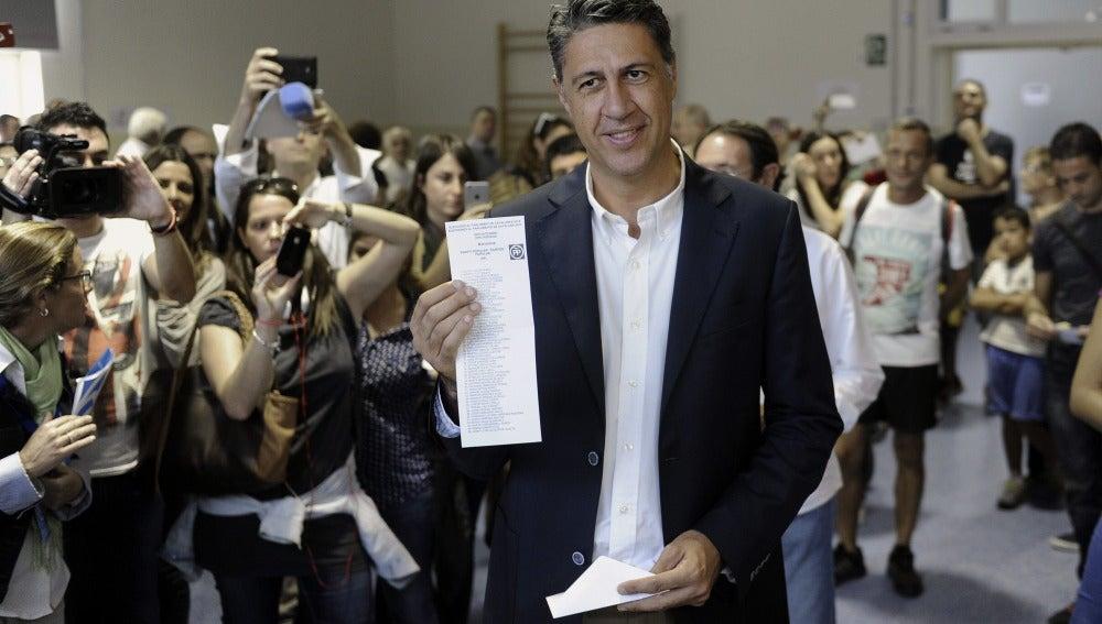 Albiol votando
