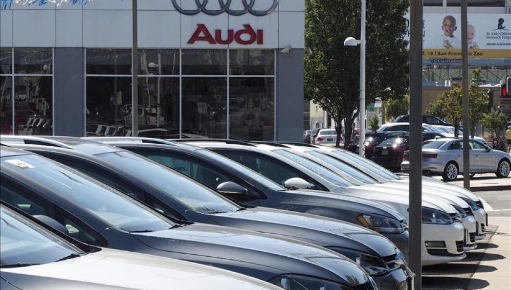 Fotografía de un concesionario de Audi/Wolkswagen
