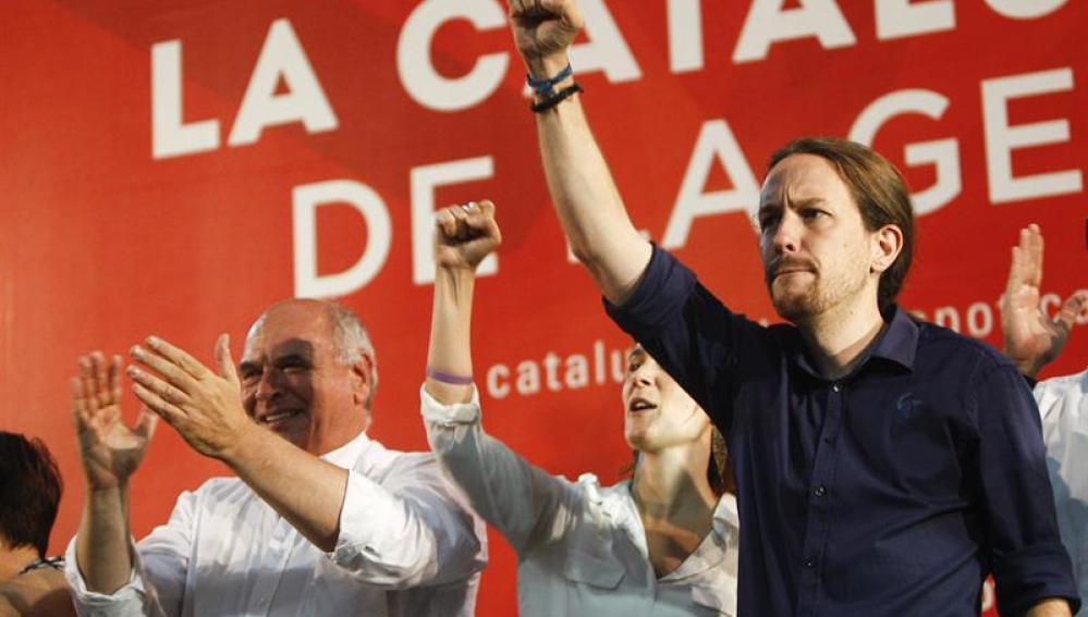 Lluis Rabell y el secretario general de Podemos Pablo Iglesias