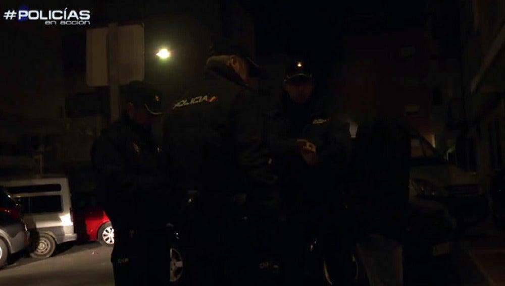 Unos menores son identificados en la calle en estado de embriaguez