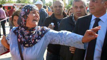 La población reacciona tras el atentado en Ankara