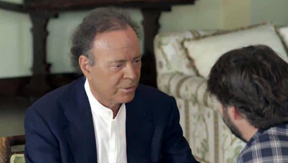 Jordi Évole entrevista a Julio Iglesias, en Salvados