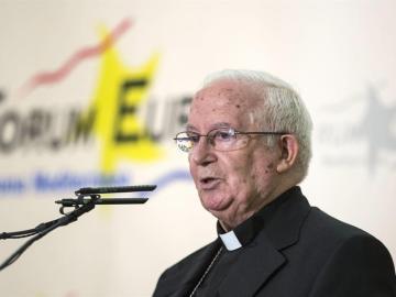 El cardenal Cañizares, durante un desayuno informativo