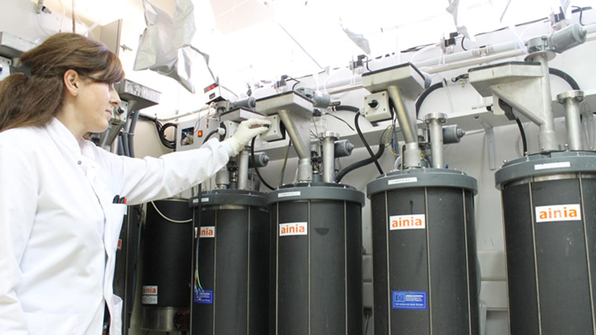 Técnico en planta piloto biogás AINIA//