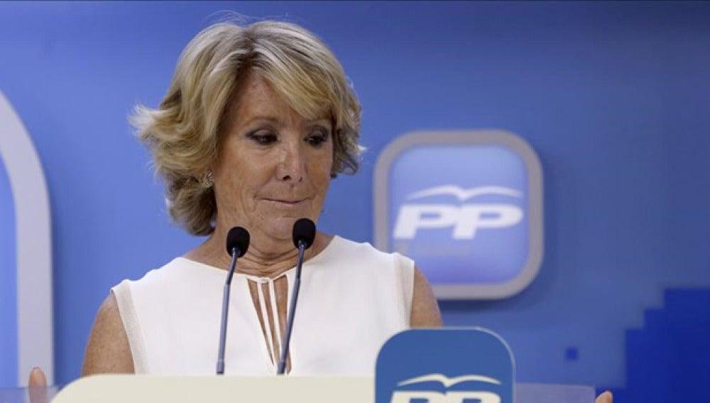 Esperanza Aguirre en una rueda de prensa